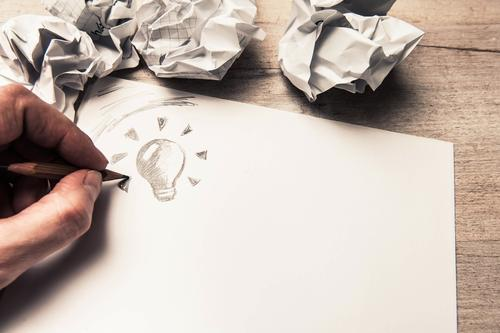 … bis zur Idee Hand lustig Stil braun Schule Arbeit & Erwerbstätigkeit Freizeit & Hobby Business Lifestyle Design Finger Kreativität Tisch Studium