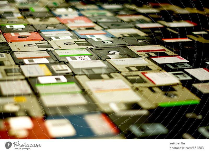 Disketten Sicherheit voll Daten Absicherung Datenschutz Datenträger Speicher Inhalt Netzsicherheit Sicherung Datenübertragung vollmachen Datenverlust
