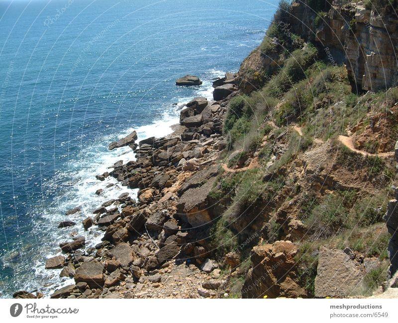 Escarpa em Cascais rocks ocean cliff