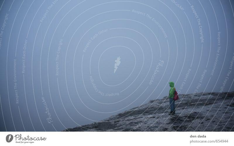 foggy view Mensch Natur blau weiß Einsamkeit Berge u. Gebirge Umwelt Gefühle Herbst natürlich Luft Kraft Nebel wandern Abenteuer Gipfel