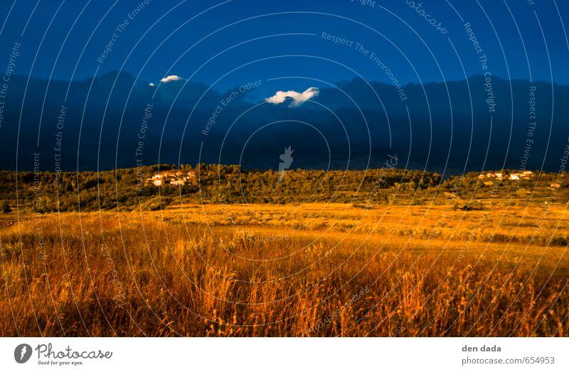 blau gelb Himmel Natur blau Sommer Landschaft gelb Berge u. Gebirge Wärme Wiese Felsen gold Schönes Wetter Dorf Sturm Gewitter Kroatien