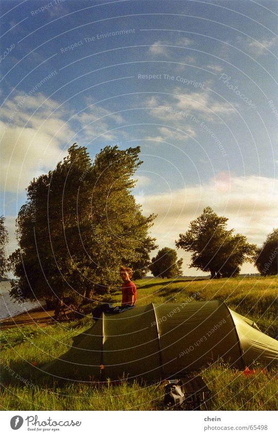 Sturm grün Ferien & Urlaub & Reisen Wiese Freiheit Wind Ausflug Europa analog stark Camping Ereignisse Kanu Zelt Rumänien lautstark