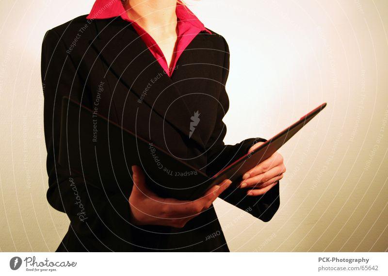 business woman Frau Business Arbeit & Erwerbstätigkeit Körperhaltung Rede Lehrer Mappe einladen