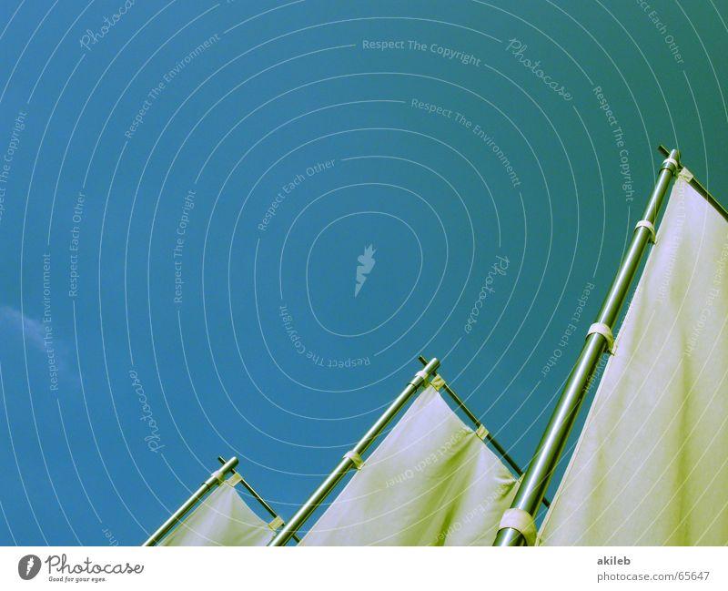 Aller guter Dinge sind drei Himmel weiß blau ruhig Freiheit hell Metall Wind 3 leer Fahne Werbung Stoff Schönes Wetter Segel Griechenland