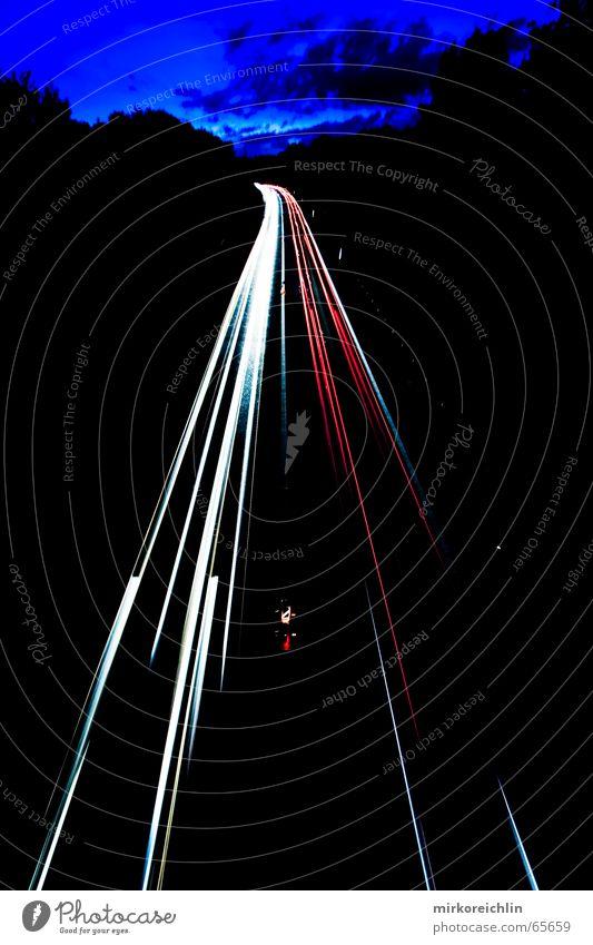 Autobahn! weiß blau rot Straße PKW Linie Beleuchtung Geschwindigkeit Blitze Belichtung anschaulich
