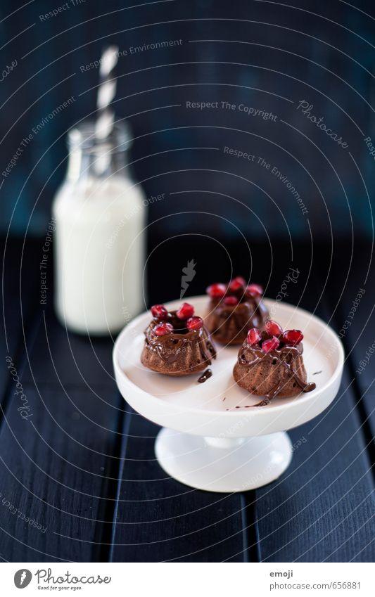 the little things klein Ernährung süß Süßwaren lecker Dessert Milch Milcherzeugnisse Fingerfood Gugelhupf