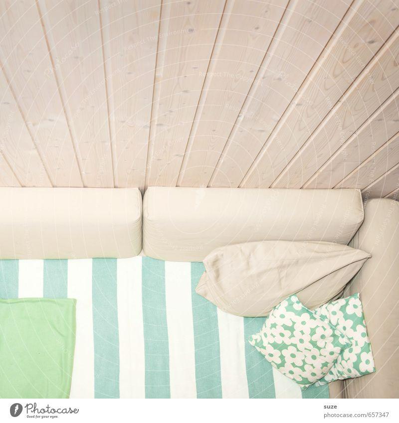 Freiraum grün weiß ruhig Wand Innenarchitektur Stil hell Wohnung Raum Häusliches Leben Design authentisch einfach Sauberkeit Streifen Freundlichkeit