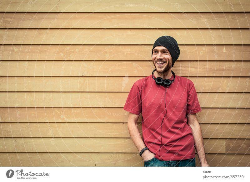 Happy Mensch Jugendliche Mann schön rot Freude 18-30 Jahre Junger Mann gelb Erwachsene Wand Mauer Stil lachen Glück Mode