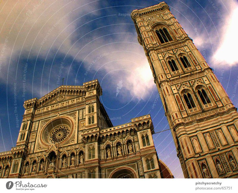 Santa Maria del Fiore II Renaissance anschaulich Italien Religion & Glaube Gebäude Wolken Froschperspektive Florenz Bauwerk Gotteshäuser historisch Dom Himmel