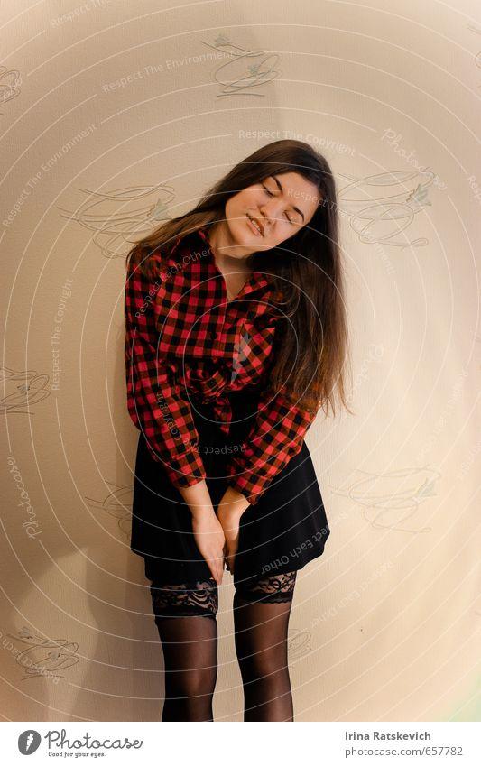 sexy Mädchen Jugendliche Haare & Frisuren Beine 1 Mensch 18-30 Jahre Erwachsene Hemd Rock Strumpfhose brünett schön dünn Erholung Farbe Freude Gefühle genießen