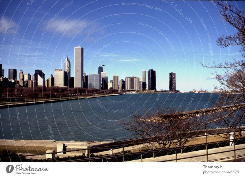 Skyline of Chicago Stadt Nordamerika Wasser Hochhäauser