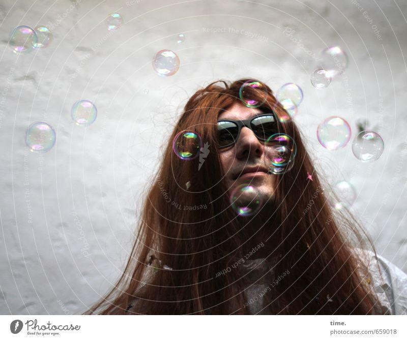 STUDIO TOUR | the artist is actually not at home Mensch Leben Stimmung Zufriedenheit Kreativität Glaube langhaarig Sonnenbrille Seifenblase rothaarig