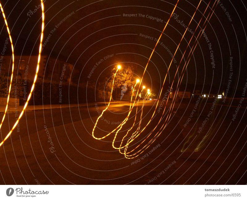 Streetlite Nacht Licht Straßenbeleuchtung Langzeitbelichtung Leuchtspur