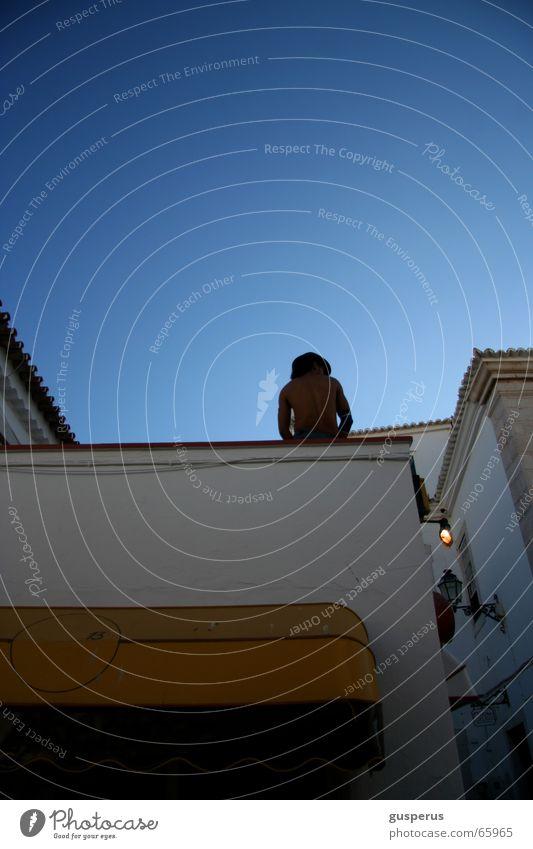 { Roofgarden } Himmel Sommer Erholung Luft Rücken Dach Klarheit Bar Restaurant genießen Schönes Wetter Abenddämmerung Süden Unbekümmertheit Frauenheld auf dem Dach