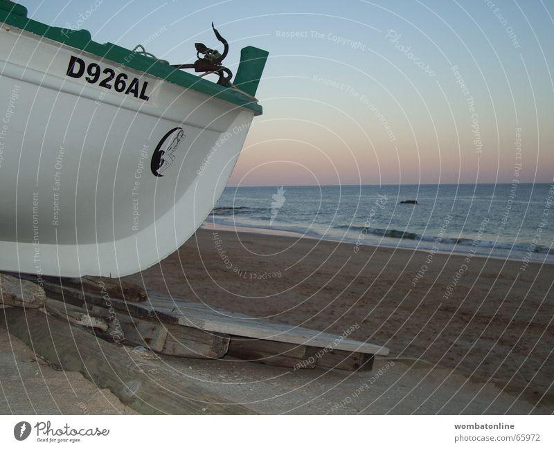 Feierabend Sonne Strand Wasserfahrzeug untergehen Portugal Fischer