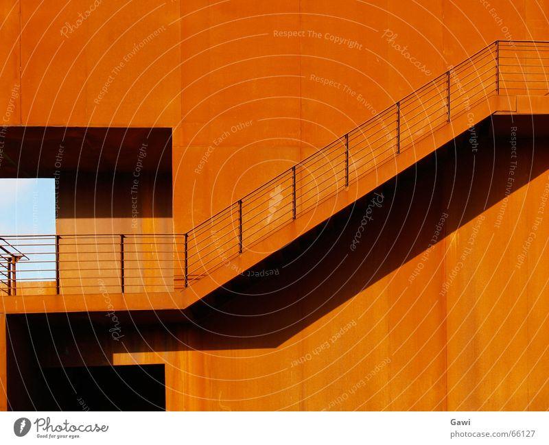 Rost Stahl Eisen Haus Trier rot gartenschau Geländer Treppe