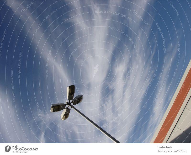 DEM HIMMEL SO NAH | grafik style wolken clouds göttlich laterne Himmel blau Sommer Wolken Haus Fenster Wand Leben Stil Gebäude Mauer Freiheit fliegen Lampe oben Arbeit & Erwerbstätigkeit
