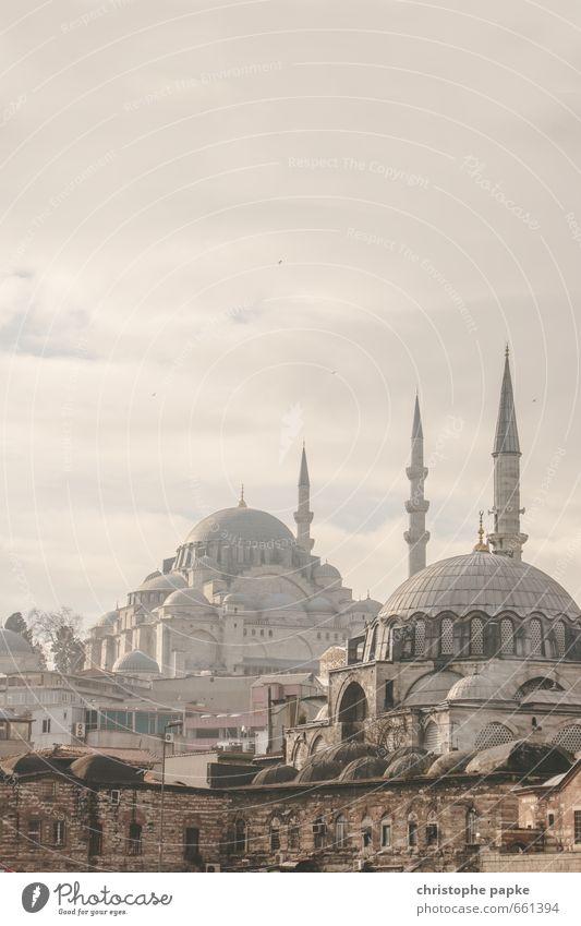 Moscheen in Istanbul, Türkei Tourismus Ferne Bauwerk Sightseeing Städtereise Islam Wolken Ferien & Urlaub & Reisen Nebel Europa Stadt Blaue Moschee Stadtzentrum