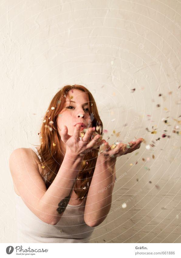 STUDIO TOUR | Happy New Year Mensch Jugendliche weiß Junge Frau Freude 18-30 Jahre Erwachsene feminin Glück Feste & Feiern Party Dekoration & Verzierung