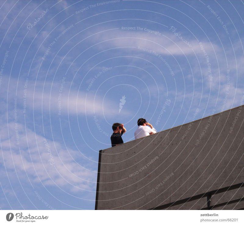 Tolle Aussicht Mensch Himmel Mann weiß Sommer Wolken schwarz Paar Suche paarweise beobachten Aussicht Regierungssitz