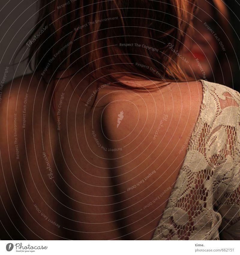 STUDIO TOUR | . Mensch feminin Haare & Frisuren Rücken Schulter 1 Spiegel Romantik Erotik schön ästhetisch Zufriedenheit Partnerschaft Erholung Idylle