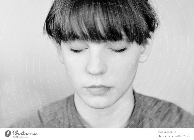 MP84 - Grey schön Gesicht harmonisch Wohlgefühl Zufriedenheit Sinnesorgane Erholung ruhig Meditation feminin Junge Frau Jugendliche 1 Mensch 18-30 Jahre