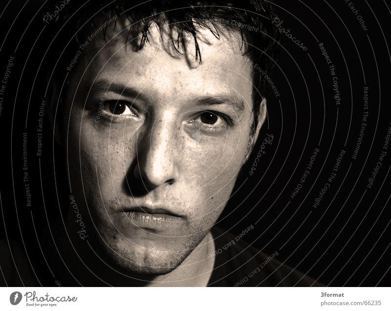 portrait Gesicht Auge Denken maskulin böse ernst