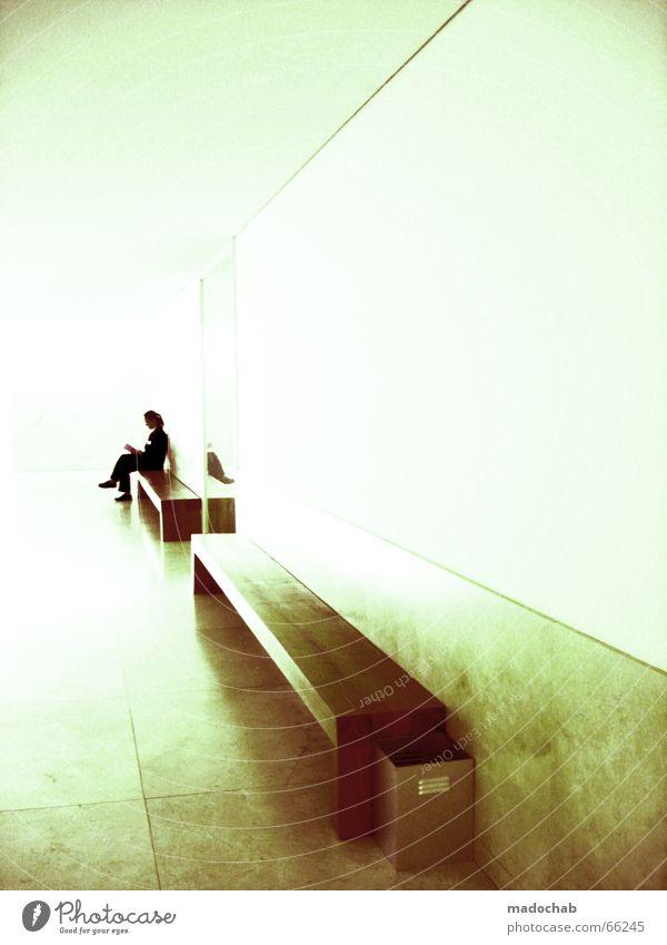 AUF DIE LANGE BANK SCHIEBEN | warten style grafisch clean Frau Mensch ruhig Einsamkeit Farbe Erholung Stil Denken hell Raum Kunst sitzen leer Studium
