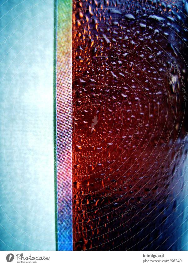 Erfrischung ... ich geb ein aus ... blau rot kalt Wärme Wassertropfen Coolness Getränk Flüssigkeit Physik Regenbogen Etikett Druck Kühlung transpirieren Schwüle
