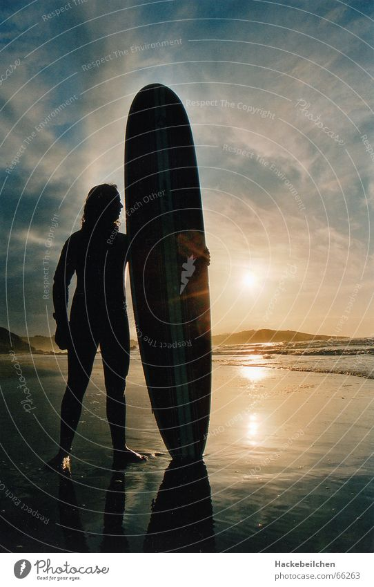 soulsearchin´ Surfen Strand Sonnenuntergang Meer Surfer Einsamkeit board Himmel
