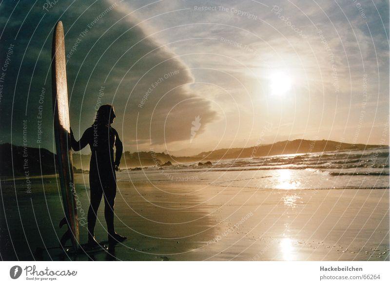 soulsearchin´ Himmel Sonne Meer Strand Einsamkeit Stimmung Wellen Surfen Surfer