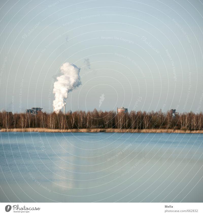 Idylle Fortschritt Zukunft Energiewirtschaft Energiekrise Industrie Umwelt Natur Landschaft Urelemente Luft Wasser Himmel Wald See Stadtrand Schornstein Rauch