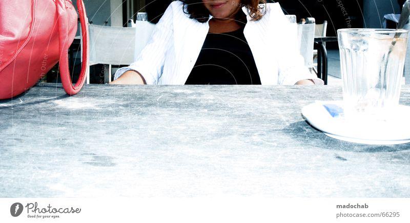 **** 100 ***    *konfettischmeiß* Frau Tasse Tisch Tasche Jubiläum Portugal Sommer Sonne Pause Freizeit & Hobby Ferien & Urlaub & Reisen Schnickschnack Prima