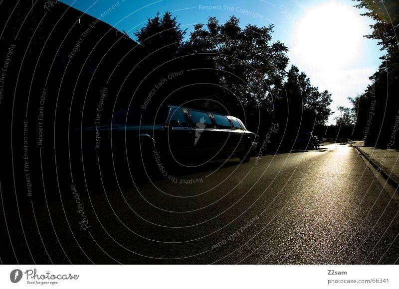 SunshineLimo Limonade Licht Strahlung limosiene Straße PKW car Reichtum Sonne Lichterscheinung street