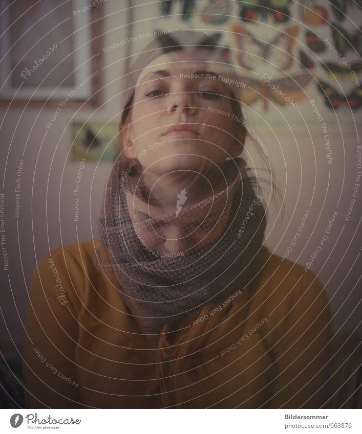 heart & mind Mensch feminin Junge Frau Jugendliche Erwachsene 1 18-30 Jahre Denken Blick einzigartig braun gelb grau Gefühle Sehnsucht Erschöpfung Scham