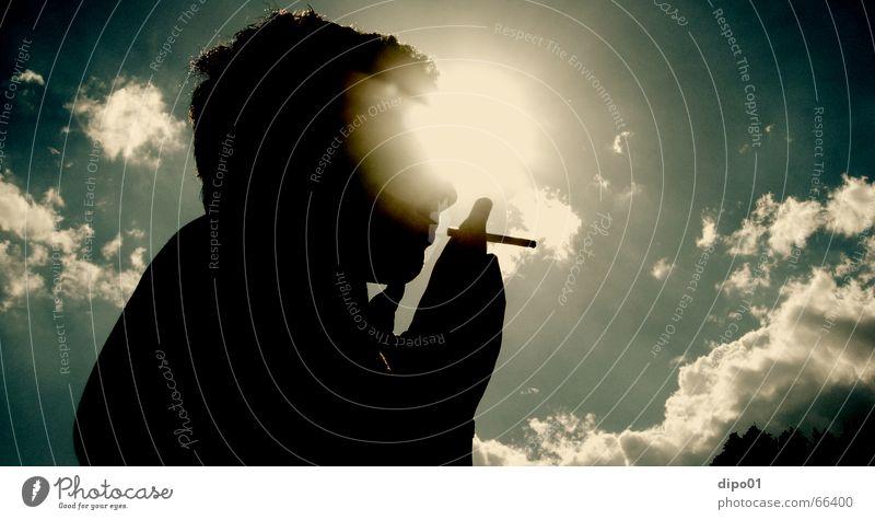 sunlight smoker Zigarette Wolken genießen Nachmittag Erholung Sonne Himmel Rauchen Silhouette enstpanne Musik