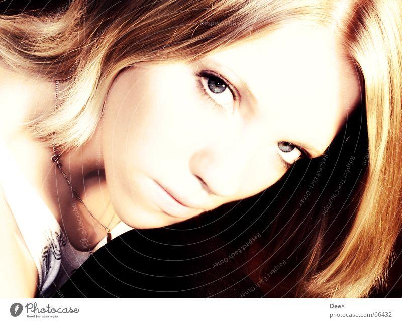 blue eyes... Frau Mensch Gesicht Auge Haare & Frisuren Mund blond Wut böse