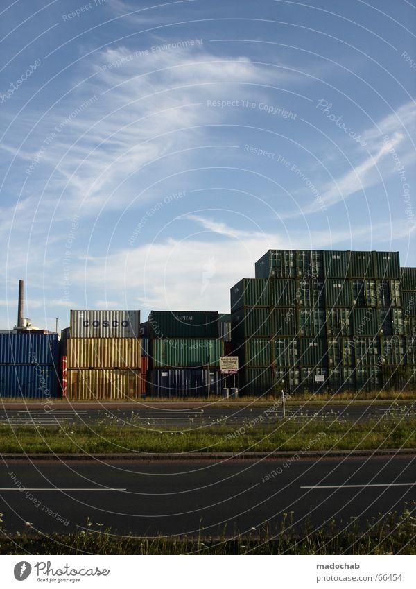 ECHTER HIMMEL Himmel grün Straße Wasserfahrzeug Turm Hafen Kran Stapel Container Lager Ware Gepäck senden Justiz u. Gerichte temporär