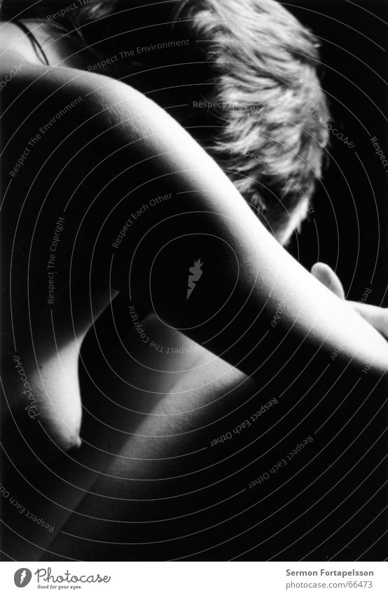 emily 1 -  I schwarz weiß Frau feminin Erotik nackt Verzweiflung Fetischismus Kleid Top Sense Stil Akt Körper Mund Nase Haare & Frisuren Kette Gefolgsleute Haut
