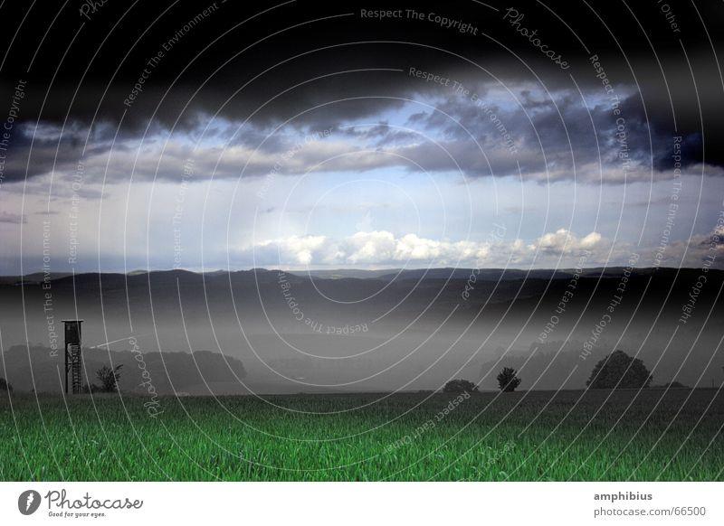Jagd auf den April Natur Himmel Wolken Einsamkeit Wiese Nebel Wetter Amerika ländlich Jäger Hochsitz Franken