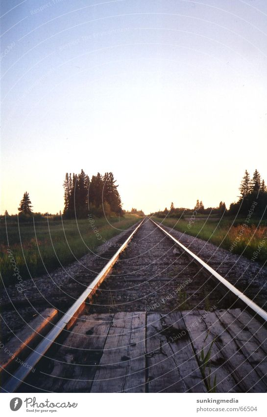 Endless Tracks Horizont Eisenbahn Unendlichkeit Gleise Kanada Manitoba