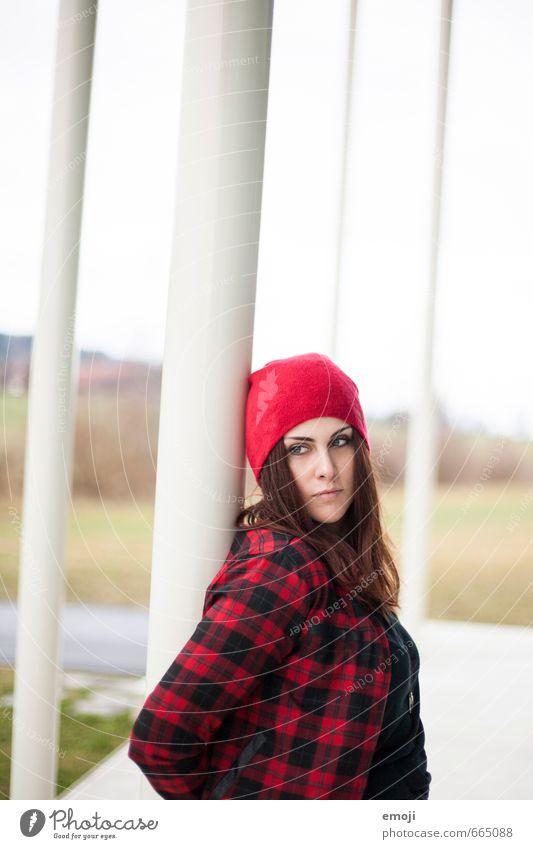 red riding hood Mensch Jugendliche rot Junge Frau 18-30 Jahre Erwachsene feminin trendy Mütze Hemd kariert
