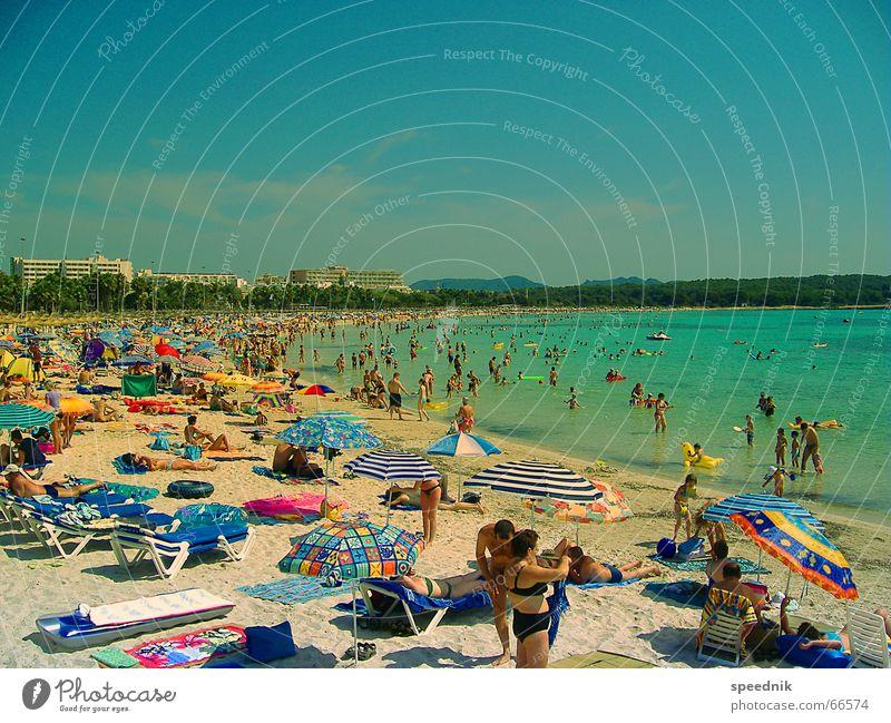Schönen Urlaub noch ...  II blau Ferien & Urlaub & Reisen Sonne Sommer Meer Strand Menschengruppe See Schwimmen & Baden Deutschland liegen Freizeit & Hobby
