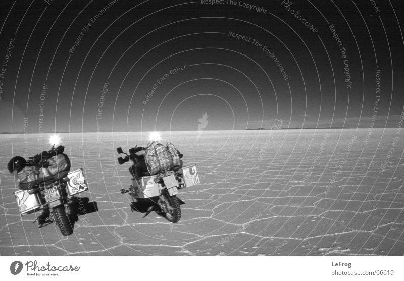 ein traum aus weißem salz Sonne Ferien & Urlaub & Reisen Ferne Spiegel Motorrad Bolivien Motocrossmotorrad Salzsee