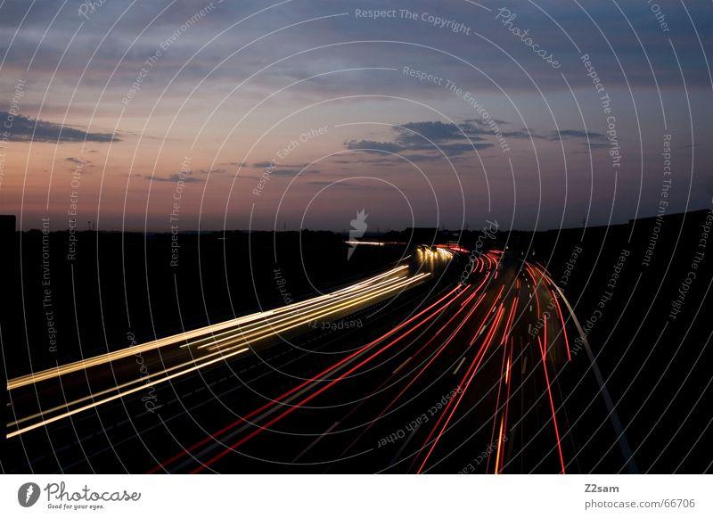 viele Wege führen nach...II Nacht Linie Autobahn Verkehr Gegenverkehr steifen PKW street Wege & Pfade way Langzeitbelichtung cars