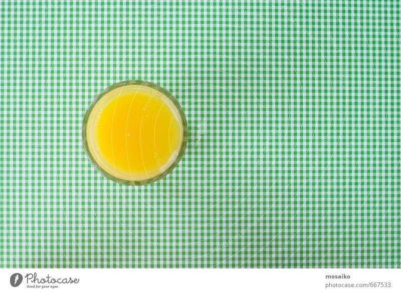 orange juice on green background grün Sommer gelb Lebensmittel Design frisch Geburtstag Getränk Kreis einfach Zeichen Hochzeit trinken lecker graphisch