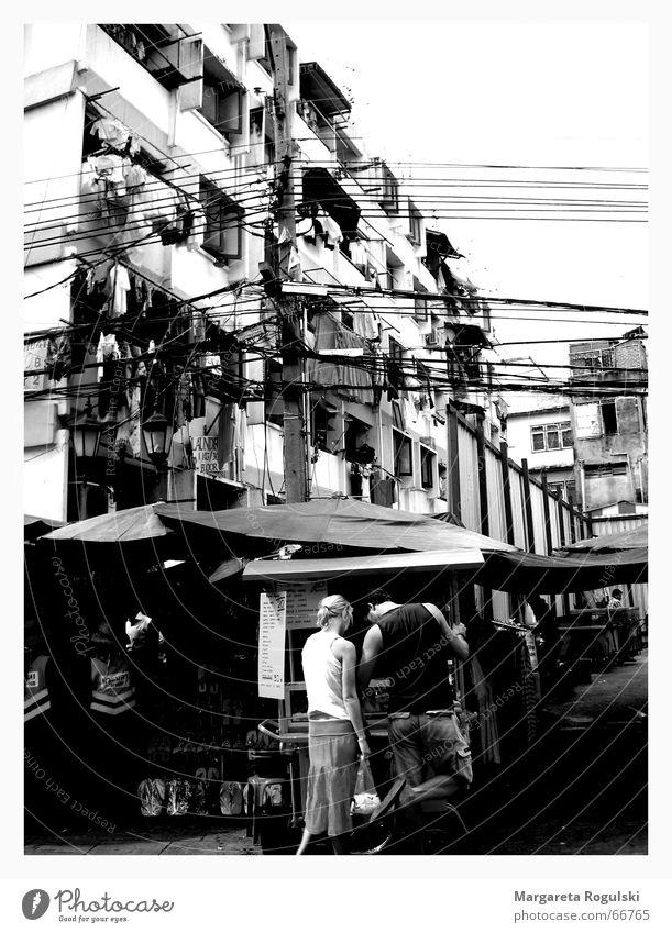 citylife Bangkok Thailand Ferien & Urlaub & Reisen Hochhaus chaotisch Asien Block Schwarzweißfoto Paar gabäude khao san road Leben hochspannungsseile Stadt
