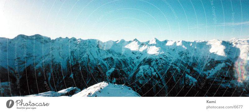 Bergkette Schnee Berge u. Gebirge groß leer Alpen Panorama (Bildformat) Schweiz Kanton Wallis