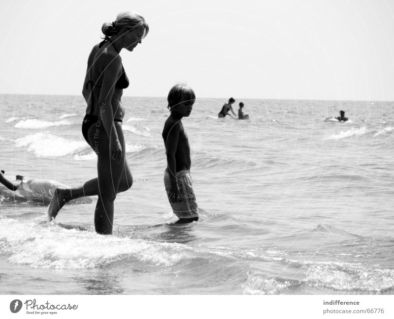 Mother and Son Sommer Strand Familie & Verwandtschaft Italien