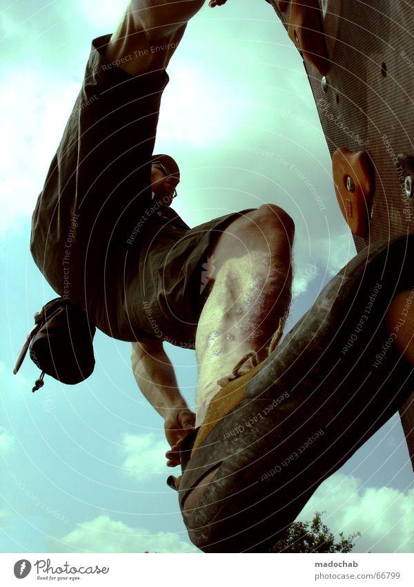 HIMMELSSTÜRMER | kletern male climbing sport outdoor people Mensch Himmel Mann blau Wolken Berge u. Gebirge Leben Bewegung Sport Gesundheit Freiheit fliegen oben Wetter Freizeit & Hobby Aktion